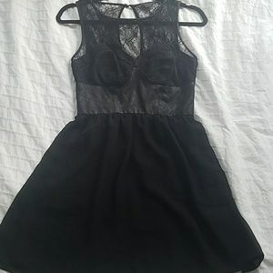 Guess dress w/ lace accents